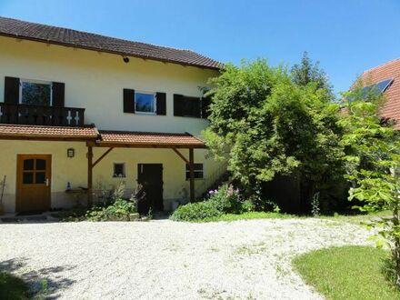 Traumobjekt für Liebhaber, altes Bauernhaus mit sehr viel Platz, renovierungsbedürftig, sonnig