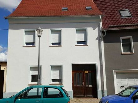 Schönes, geräumiges 1-2 Familienhaus mit viel Zubehör, in 06388 Gröbzig-Zentrum, sofort zu verkaufen