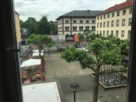 sonnige und zentrale 1 Zimmer-Wohnug am Schillerplatz zu vermieten
