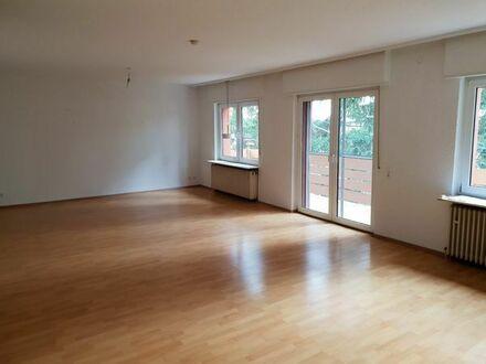 Wunderschöne, helle 3 Zimmer Wohnung im Grünen in Neuhofen