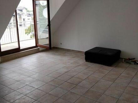 Schöne Maisonettwohnung in zentraler Lage 95, 5 m2 provisionsfrei