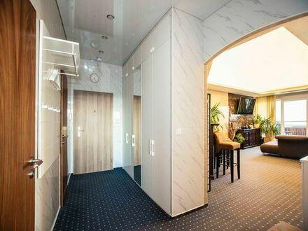 Kernsanierte Penthouse-Wohnung inkl. Stellplatz und Einbauküche, luxuriös/teilbar/provisionsfrei