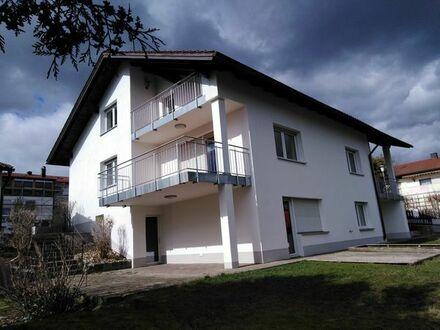 Attraktives 3-Familienhaus in ruhiger Aussichtslage BEZUGSFREI & PROVISIONSFREI