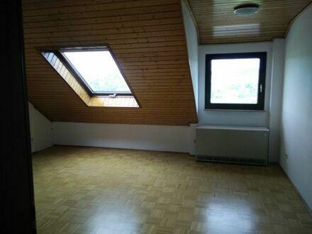 2-Zimmer-DG-Wohnung