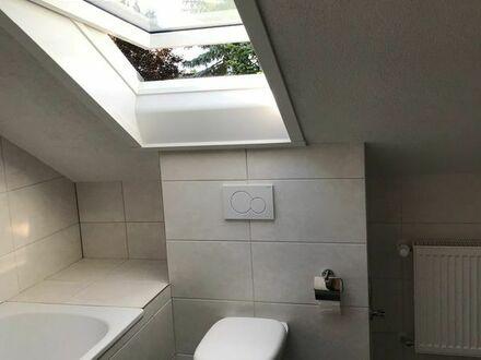 Ruhige 3-ZKB Balkon Dachgeschosswohnung neu renoviert in 3-Familienhaus in Stutensee-Friedrichstal