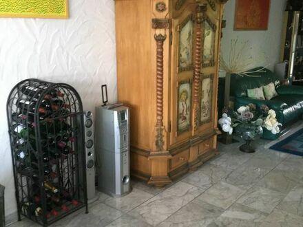 Möblierte WG-Zimmer in Haus mit allem Komfort in Dietlingen bei Pforzheim