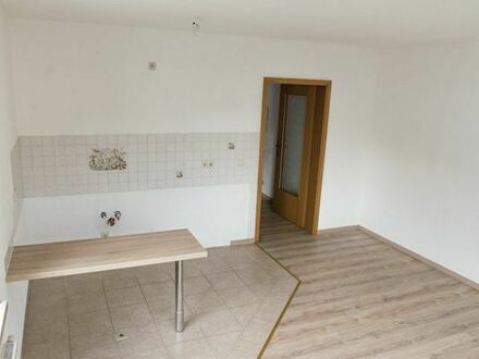 Schöne Wohnung (52m2) mit offener Wohnküche in Bernsdorf