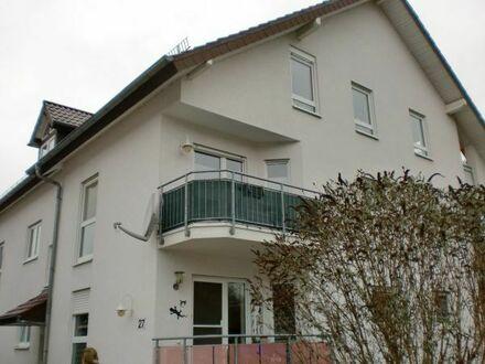 Sonnige 1 ZKB-Wohnung mit Balkon in Rauenberg in ruhiger Wohnlage.