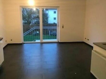 3 Zimmer-Maisonette-Wohnung mit Einbauküche, Terrasse, eigener Garten.