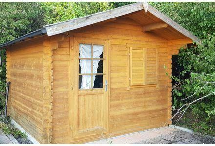 Freizeit-/Baumgrundstück mit Hütte