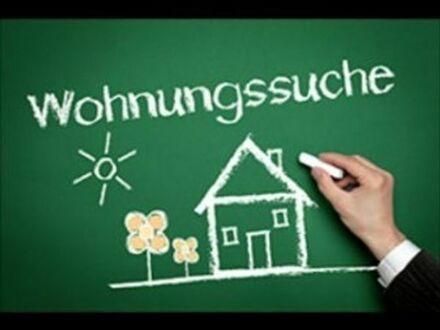 Junge Familie sucht eine 4 bis 5 Zimmer Wohnung in Durlach mit ganz viel Platz!