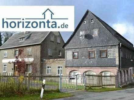 Hof mit Umgebindehaus am Waldesrand bei Neusalza-Spremberg