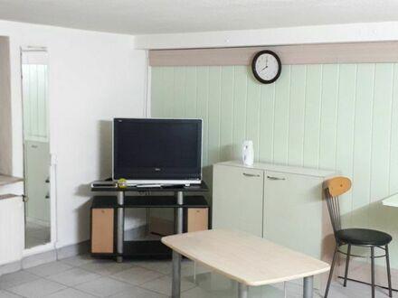 1 Zimmerwohnung mit Kochzeile und Bad per sofort zu vermieten