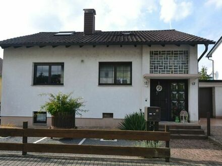 Tolles Familienleben im grünen Hemsbach - Haus mit Sonnengarten und Einliegerwohnung!