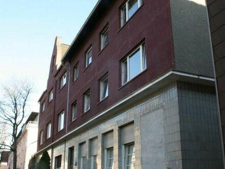 2 MFH mit Garagenhof in Essen