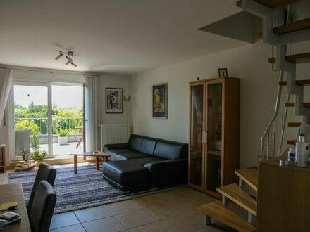 Helle und großzügige Maisonette-Wohnung mit Blick ins Grüne in Ludwigshafen-Melm