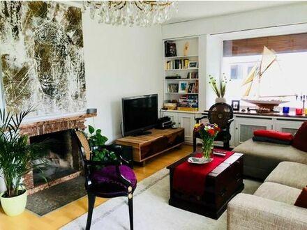 Schönes freistehendes Mehrfamilienhaus mit Wintergarten