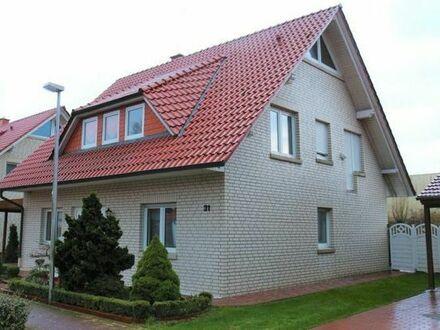 Zweifamilienhaus steht zum Verkauf