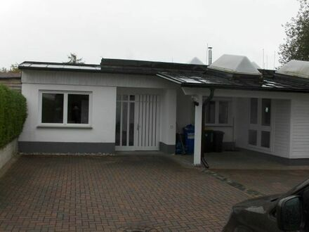 Bungalow / Haus mit Garten+Terr - ca.102 qm Wfl.