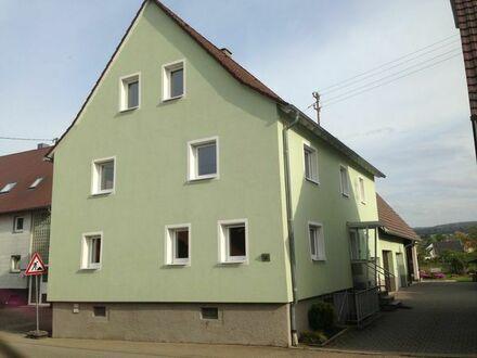 Biete Zimmer/Wohnung in Hausgemeinschaft