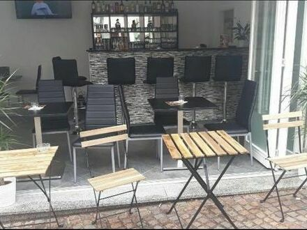 CAFE / BISTRO / BAR - Ab sofort! Fußgängerzone Altstadt, 1A-Lage! Provisionsfrei!