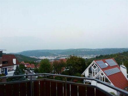 Ausgefallene Dachgeschoss-Wohnung mit gigantischer Aussicht