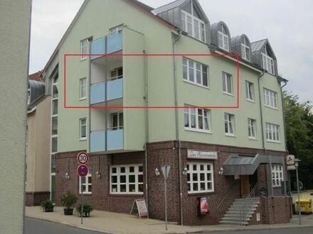 ab Mai: 2 RW, Balkon, Garage oder Stellplatz, ruhige Lage