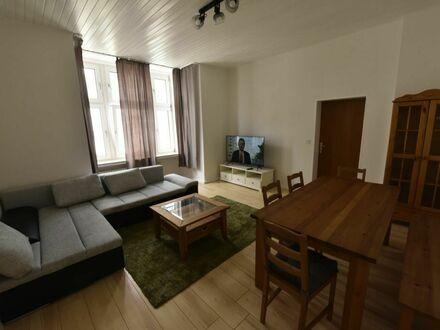Luxuriöse, möblierte 2 Zimmer Wohnung im historischen Jugendstil - Haus