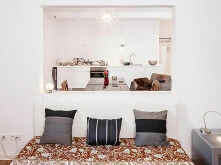 Offenes Wohnen in 2 Zimmern - Bad mit großer Badewanne Terrasse