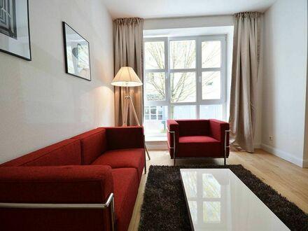 Exquisites, voll möbliertes Designer-Apartment mit 1 Schlafzimmer für Ihren vorübergehenden Aufenthalt im Frankfurter G…