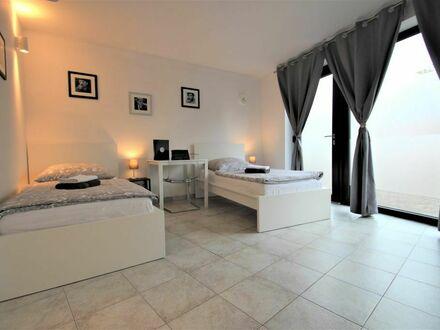 ✪ Travel & Work Apartment ✪