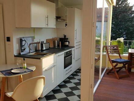 Helles, ruhiges Dachterrassen-Apartment im skandinavischen Stil