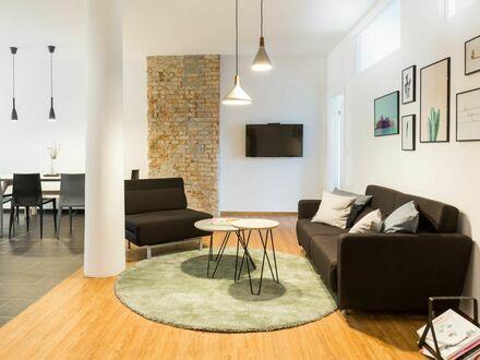 110QM interior-designed Loft Apartment mit großzügigem Balkon