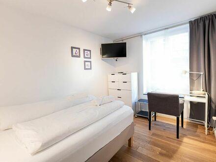 Modern eingerichtetes Apartment