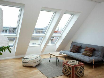 Trendy Dachgeschosswohnung in Friedrichshain