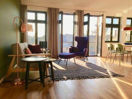 Helle, ruhige Wohnung mit großem Balkon bei Schloss Sanssouci