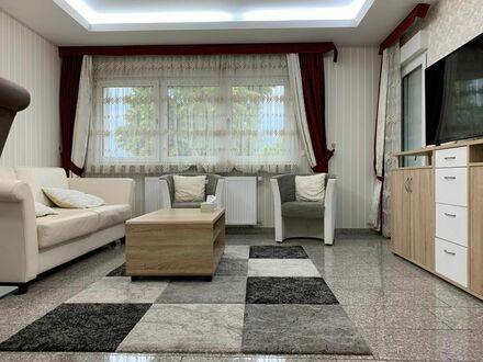 Charmantes Apartment mit Balkon und Parkplatz