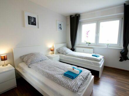 Modernes Apartment mit Badewanne