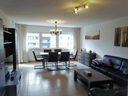 4-Zimmer helle Wohnung in grüner Lage in Köln