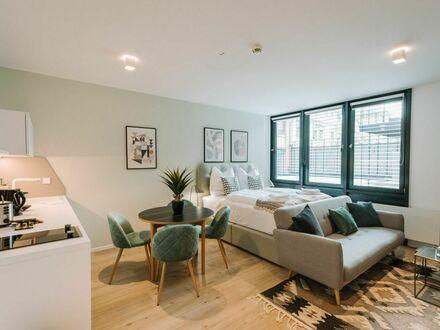 Holm Standard Suite
