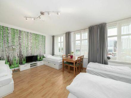 Möblierte Wohnung in Warschauer Straße mit Anmeldung und Self-Check-In - ab sofort