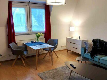 Urbane, neu eingerichtete Wohnung im Norden Frankfurts, skandinavisch angehaucht