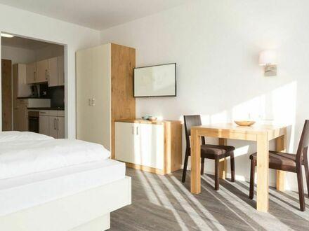Helles Apartment mit Balkon