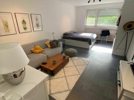 Stilvolle und helle Wohnung im grünen Rodenkirchen