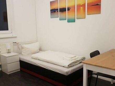 Ruhige helle 6-Zimmer-Wohnung in Kaulsdorf-Nord unweit der Tesla Gigafactory Berlin