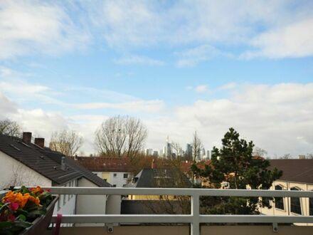 **VERKAUFT***Aufwachen mit Skylineblick! Apartment in absolut begehrter Lage mit tollem Süd-/Westbalkon