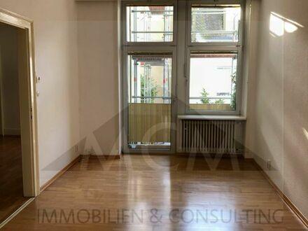 **3 Zimmer Wohnung** Pauschalmiete mit EBK und 2 Balkonen direkt am Schweizer Platz