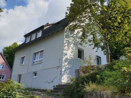 2 Fam.-Haus /Mehrfamilienhaus in guter Wohnlage in Tettau