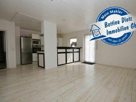DIETZ: 2-Zimmer-Wohnung mit Einbauküche, Balkon, Badewanne und Dusche!
