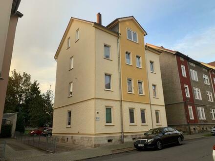 Helle ETW, 2 Zimmer, Bad Dusche/Wanne, Keller, 2. OG